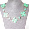 [15-35 мм.] Ожерелье ромбики и цветы из сердечек со стразами-серединками, металл Gold и глянец аквамарин Код:368129044