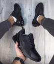 Кроссовки В01004