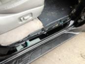 Lexus LX-470. Покраска проемов и защита порогов бронепленкой.