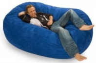 Синий бескаркасный диван из велюра