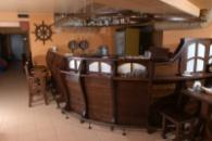 Мебель для кафе баров ресторанов из дерева в Кривой Рог