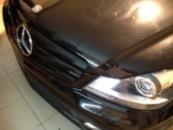 Mercedes-Benz C-350 4MATIC решетка в черный глянец