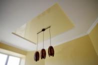 Натяжний потолок (глянець)