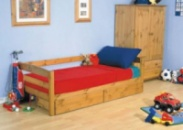 Кровать из натурального дерева «Ика»