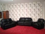 Комплект кожаных диванов с креслом реклайнеров производства Германии