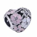 Шарм сердце Поэтичные бутоны (Poetic blooms) Pandora серебро 925 ,эмаль