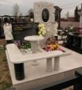Мраморный памятник в виде цветка №10