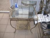 Кованый столик квадратный большой.
