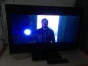 Классный LCD телевизор 32« BBK LEM3249HD, Full HD