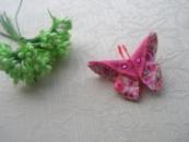 Барвистий та яскравий метелик орігамі на брошці, прикрашений стразами. Автор handmade Христина Борисовська