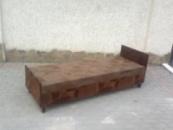 Односпальные кровати с матрасами