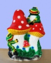 Садовая скульптура Лягушки на грибах