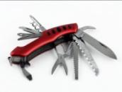 Инвертарь для туриста: ножи, лопаты, топоры
