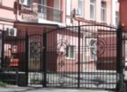Кованые ворота. Киев, ул. Сечевых Стрельцов, 89