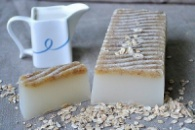 Мило на основі молока та овса