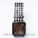 Женские наручные часы квадратные с браслетом (клетка темная).