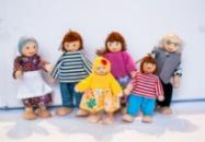 Іграшкова сім'я з 6-ти чоловік