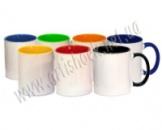 Фото на кольорових чашках