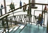 Кованые ограждения лестницы. Киев, ул. Крещатик