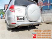 Фаркоп для Toyota RAV4 Long (запаска на двери) (2006-2012)