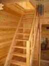 Лестница на дачу. Деревянная лестница для дачи Кривой Рог
