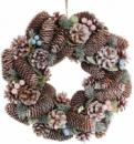 Декоративный венок «Шишки и ягоды» Ø35см с натуральными шишками
