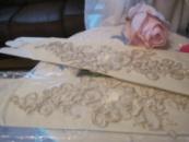Свадебные перчатки на один пальчик цвета айвори.