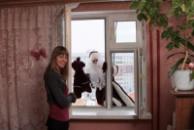 Дед мороз в окно.