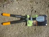 Ножницы Fiskar PowerGear™ для живой изгороди (114790)