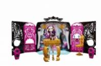 13 WISHES Monster High Party Lounge & SPECTRA VONDERGEIST