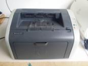 HP LaserJet 1010 ч/б лазерный принтер с USB, хорошее состояние