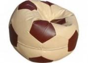 Бежево-коричневое кресло-мяч из кожзама