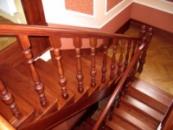 Деревянные маршевые лестницы | Производство маршевых лестниц Кривой Рог
