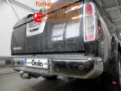 Тягово-сцепное устройство Nissan Navara (хром бампер с подножкой) (2005-2016)