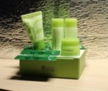 Innisfree Green Tea Pure Deluxe Kit.