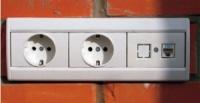 Монтаж электрических точек по кирпичу