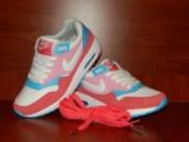 Женские кроссовки Nike Air Max розовые с белым
