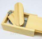 Деревянная флешка в подарочной коробке 8 Гб