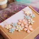 Ожерелье «Жозефина» пастельные цвета, цветки.
