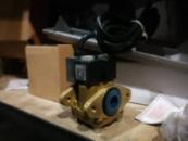 Клапан электромагнитный две катушки 220v