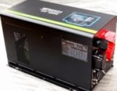 Инвертор MPS3024 Solar со встроенным MPPT контроллером заряда и дистанционным пультом управления