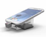 Акриловые подставки для смартфонов с кабелем подзарядки и блоком управления.