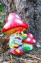 Садовая скульптура Гном под Грибами