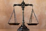 Составление и анализ договоров. Юридические услуги Бровары.