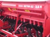 Астра СЗ 3,6А - Сеялка зернотуковая