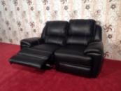 Кожаный диван с функцией реклайнер