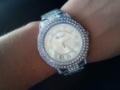 Часы с камнями сваровски шопард серебро