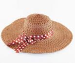 Пляжная женская шляпа с ленточкой в горошек