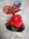 Статуэтка роза с бабочкой