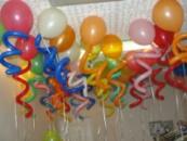 Гелиевые шары с завитушкой